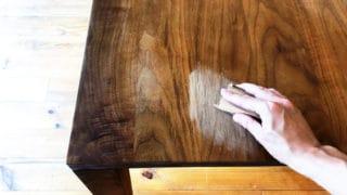 オイル無垢のテーブルのお手入れ