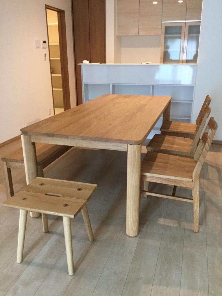 oak-dining-set-photo