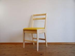 国産ヒノキ材学習椅子
